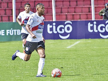 Saúl Torres es convocado