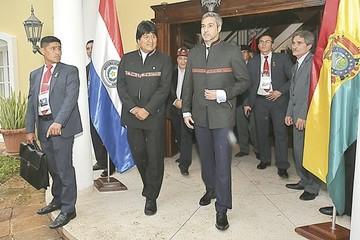 Bolivia busca vender gas y urea a Paraguay