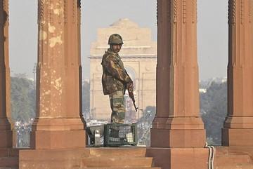 """India y Pakistán no bajan  tono pese a """"gesto de paz"""""""