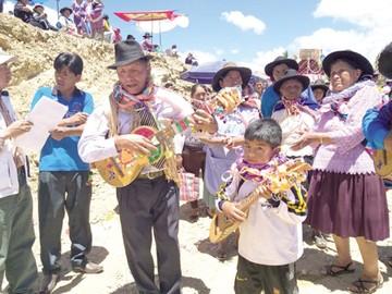 Se siente el Carnaval rural  en los distritos de Sucre