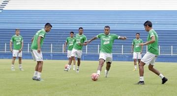 Villegas debuta al frente de la Verde