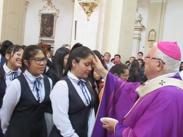 Arzobispo insta a orar, ayunar y dar limosna