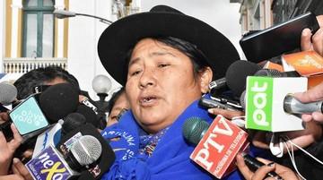 """Bartolinas creen que Loza cometió """"violencia"""" al ofrecer mujeres a las autoridades"""