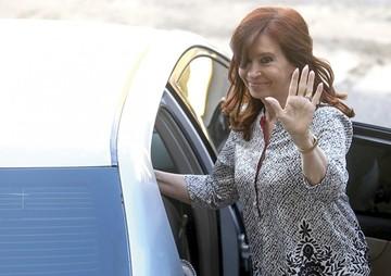 Supremo ratifica orden de detención a Cristina