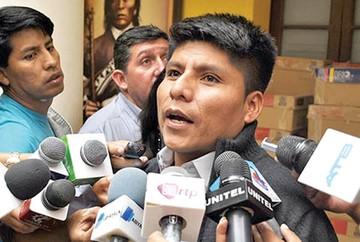 Denuncian a cocalero Loza  en la Comisión y la Fiscalía