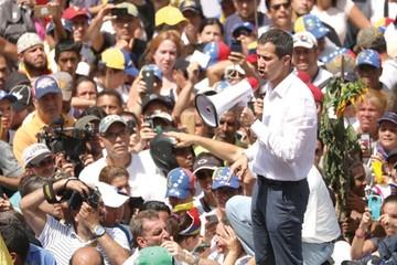 Guaidó irá por el poder con gira y concentración