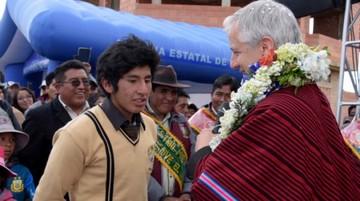 """Vice a estudiantes: Antes, los gobiernos """"sólo venían a El Alto para matar a sus papás"""""""