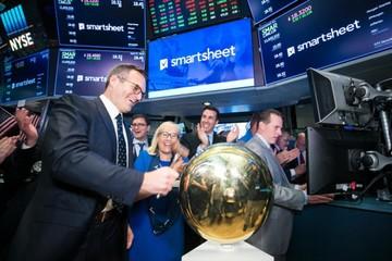 Grandes empresas tecnológicas  alistan debut en la bolsa de valores