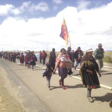 Marcha de Qhara Qhara a La Paz cumple un mes
