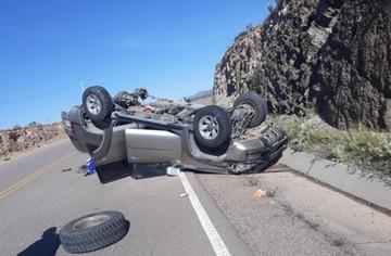 Asambleístas departamentales sufren aparatoso accidente
