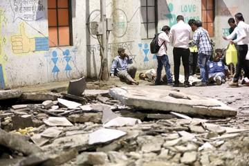 Cuatro muertos en un derrumbe en Bombay