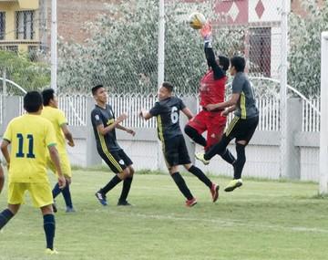 Atlético Sucre logra vencer