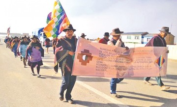 Marcha Qhara Qhara ingresa hoy a La Paz