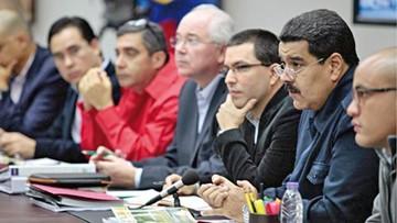Maduro busca blindarse con cambios en gabinete