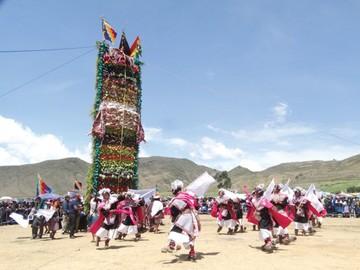 Pujllay y pucara recuperan tradición