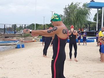 Playa: Caballero cumple
