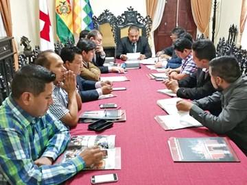 Comité espera informes