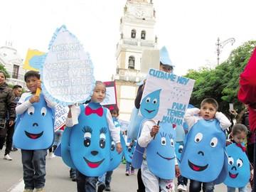 Preescolares llaman a cuidar el agua