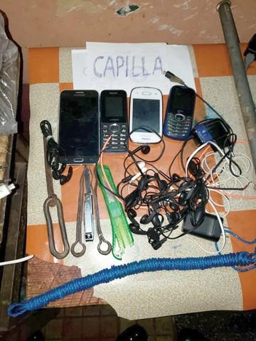 Hallan droga y celulares en San Pedro