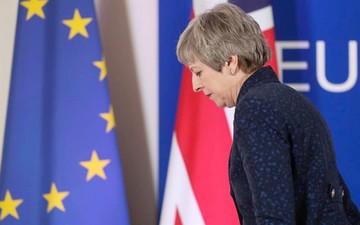 """Sube presión sobre May ante el caos del """"brexit"""""""