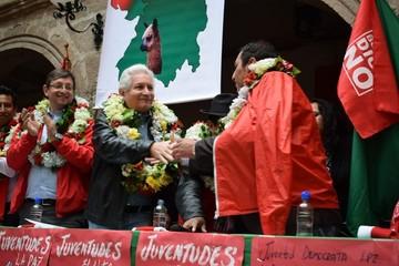 Diputados opositores se unen a Bolivia dice No