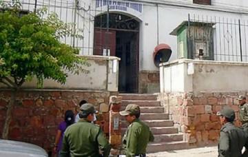 Encarcelan a un oficial por intento de violación