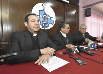 Iglesia Católica creará comisión para tratar  casos de abuso sexual