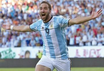 Higuaín deja la Selección