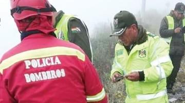 Vuelco de camioneta deja tres fallecidos