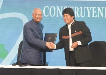 Bolivia e India sellan pactos con la mira puesta en energías