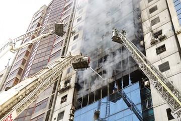 Dacca: Edificio incendiado no cumplía con normativa
