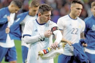 """Messi se saca la """"bronca"""""""