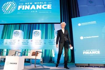 """FMI alerta sobre situación """"delicada"""" de la economía"""