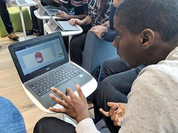 """Microsoft: Tecnología a las aulas con """"clase inmersiva"""""""