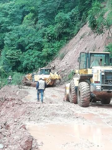 La ruta al Chaco continúa cortada por los derrumbes