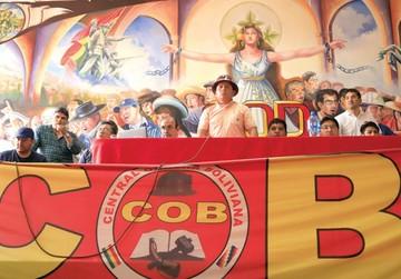 COB pide 12% de aumento salarial y 10% al mínimo
