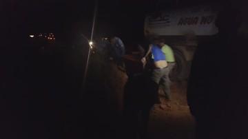 Transportistas remueven maquinaria para romper restricción de la ABC en El Salto-Monteagudo