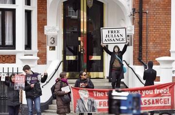 Ecuador rechaza rumor respecto a Julian Assange