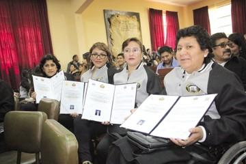Maestros culminaron la etapa de diplomados 2018