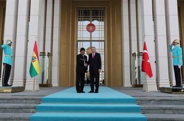 Evo le dice al Presidente de Turquía que las novelas turcas son famosas en Bolivia