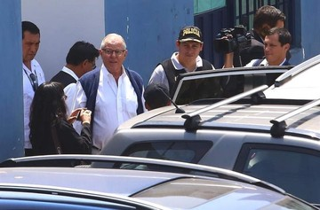 Ex presidente peruano Kuczynski es detenido por diez días en caso de corrupción