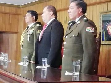 Cinco escándalos pesaron en relevo de Comandante