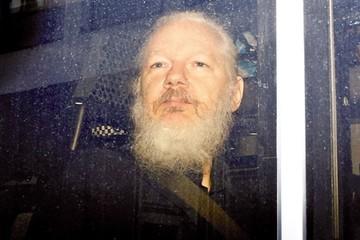 Assange teme recibir una condena mayor a 5 años