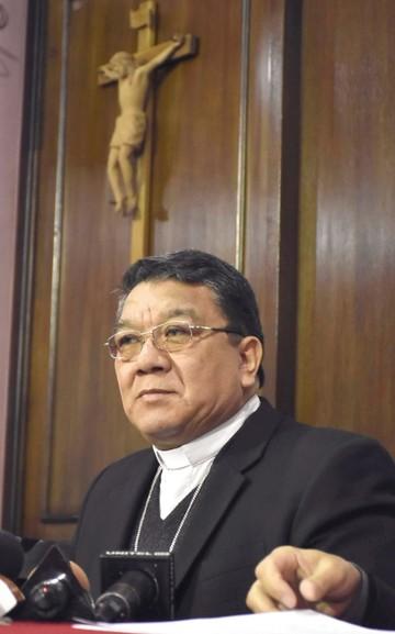 """Iglesia boliviana abre un """"periodo de purificación"""""""
