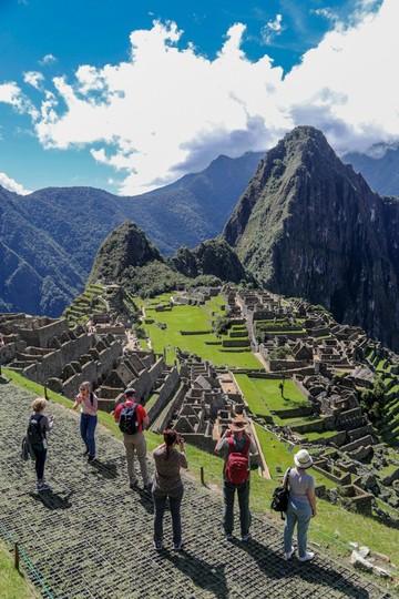 Machu Picchu  mira su salvación  en el reciclaje