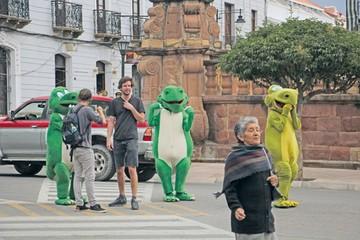 La familia de Dinos crecerá ante futuro  incierto de Cebras