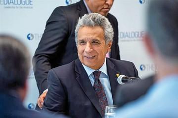 Moreno acusa a Correa de financiar espionaje