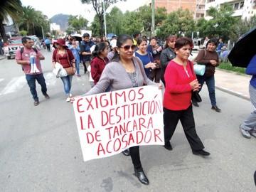 Maestros llaman a padres a sumarse en protestas