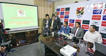 Villegas llama a un nuevo microciclo sin jugadores de la Copa