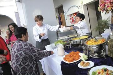 """Festival """"Santo Sabor"""" conquista con variado menú"""